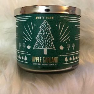 BBW/White Barn Apple Garland Scented 3 Wick Candle
